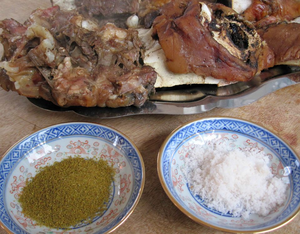 steamed head meat with salt and cumin