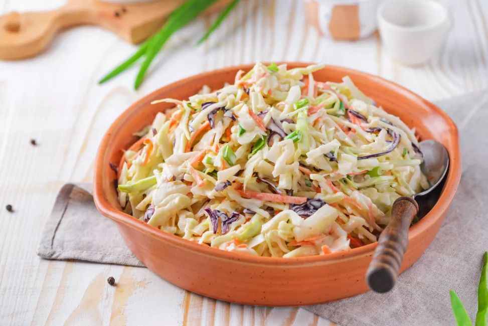Quick and Easy Creamy Coleslaw