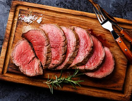 Slices of Chateaubriand roast