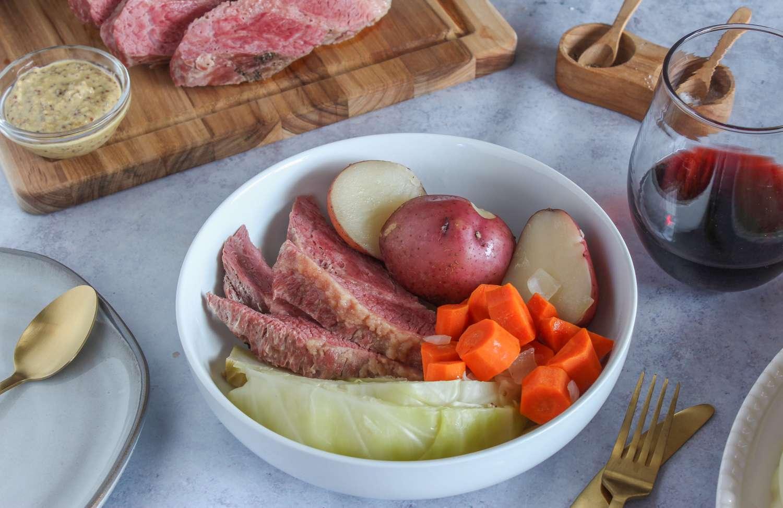 Serve corned beef