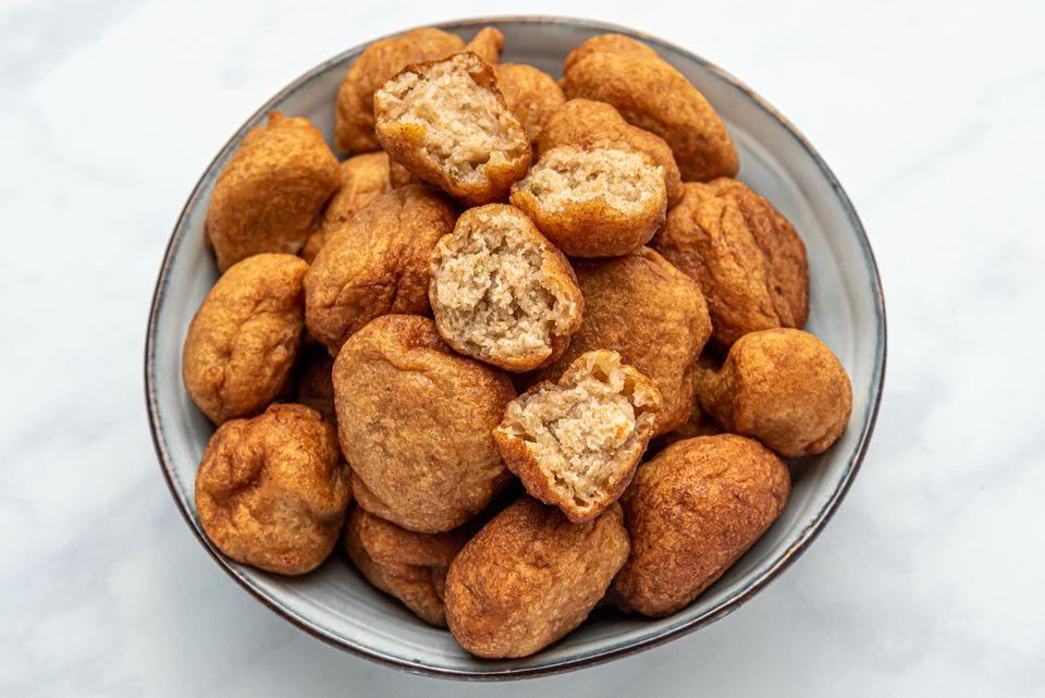 Gulgulas (Indian Banana Fritters)