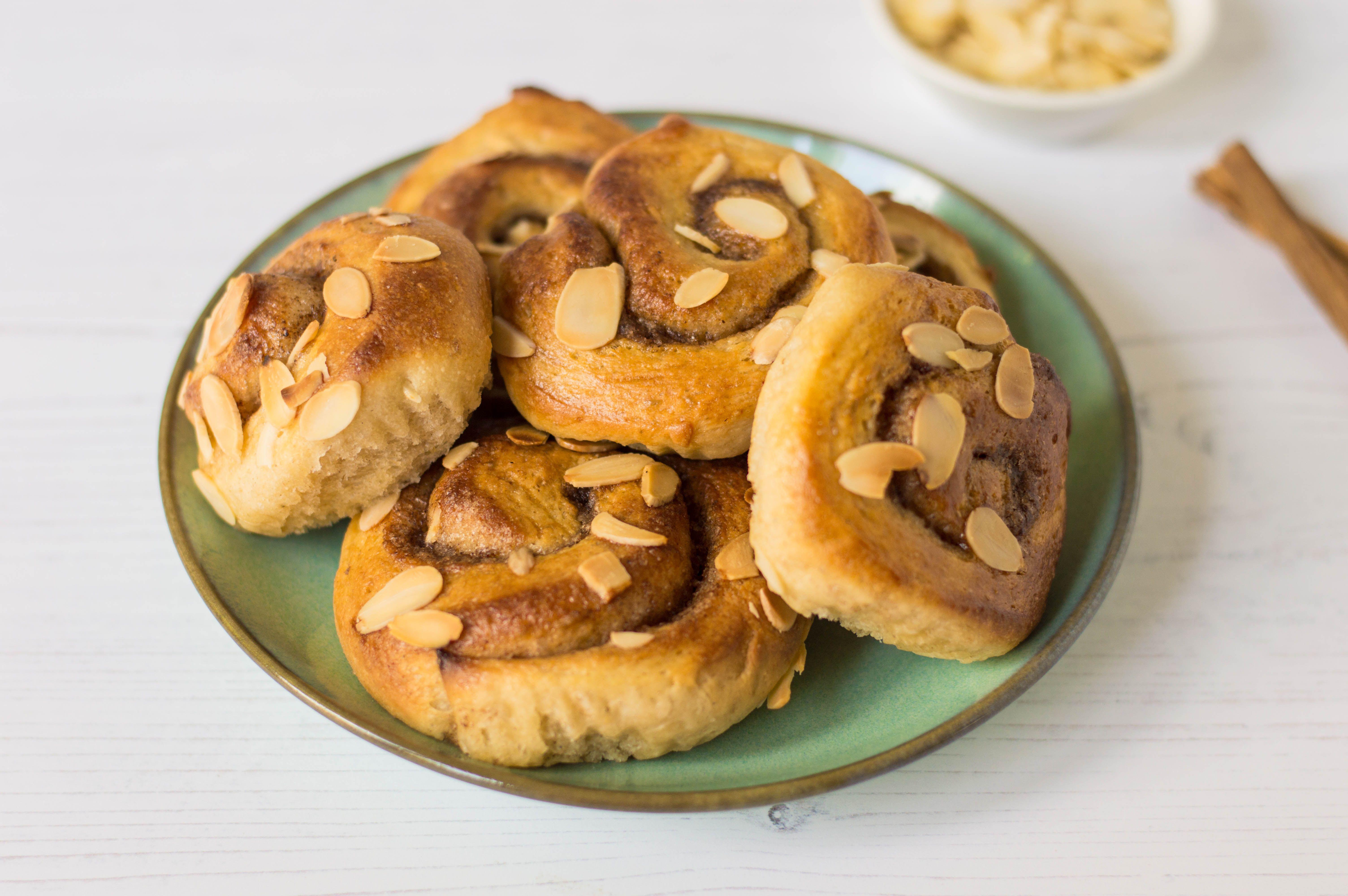Baked Swedish cinnamon rolls on plate
