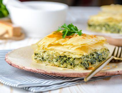 Greek Spinach Pie With Feta Cheese (Spanakopita) Recipe