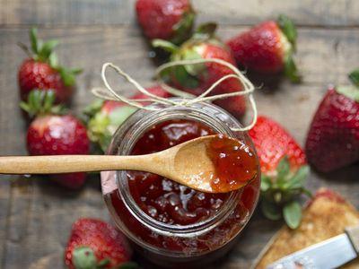Traditional Blackberry Jelly Recipe