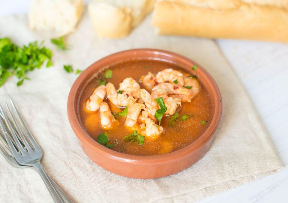 Gambas al Ajillo: Spanish Garlic Shrimp Tapas