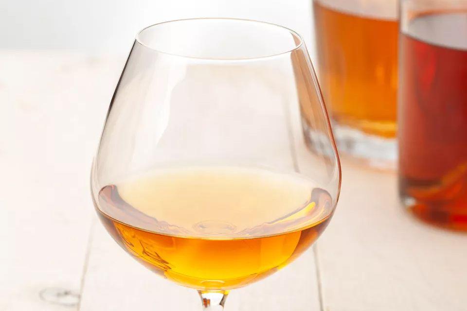 B&B Cocktail - Brandy and Benedictine