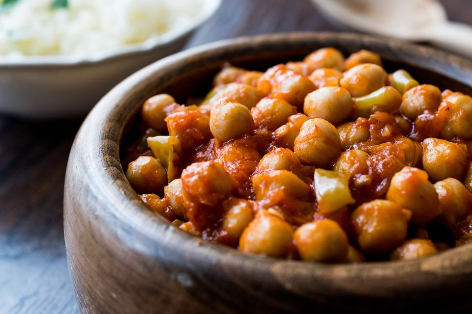 Chana Masala Chickpeas in wooden bowl.