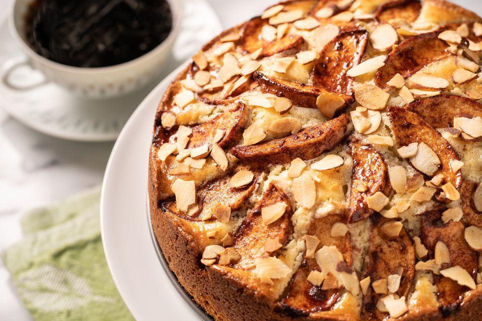 pastel de café con manzana