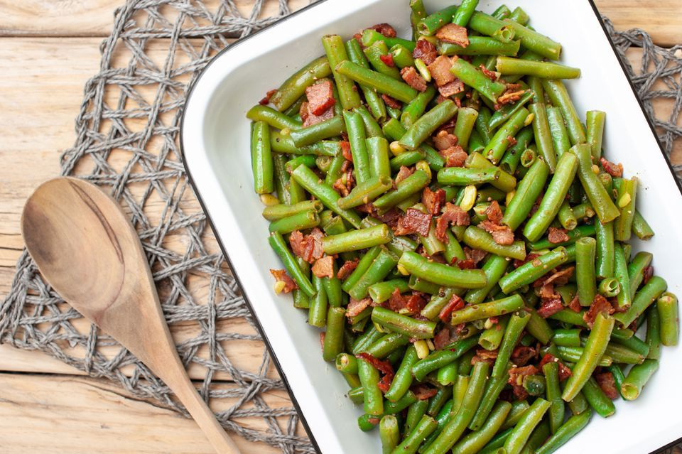 Easy Skillet Green Beans and Bacon