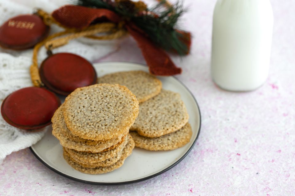Sesame Crisp Cookie Recipe
