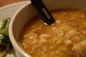 Herbed White Bean Soup