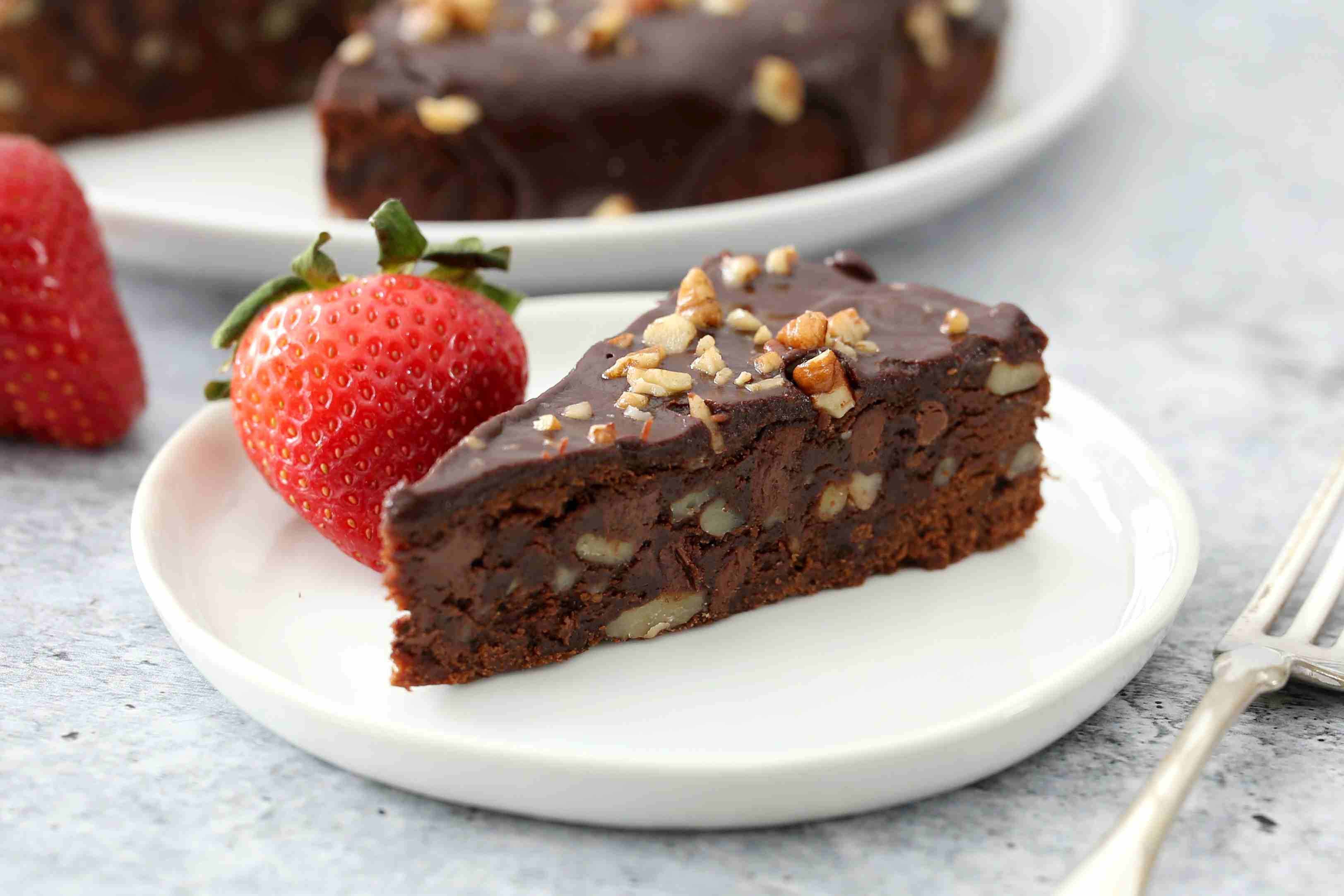 Instant Pot brownies sliced on a plate.