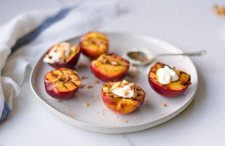 How to grill peaches recipe grilled peaches forumfinder Image collections