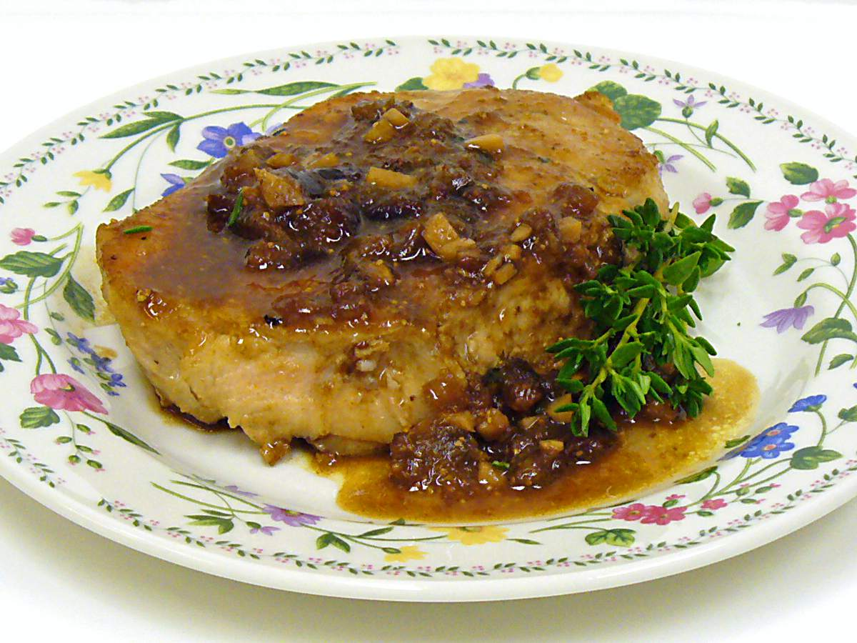 Pork loin chops with fig sauce recipe image food cooking receipt