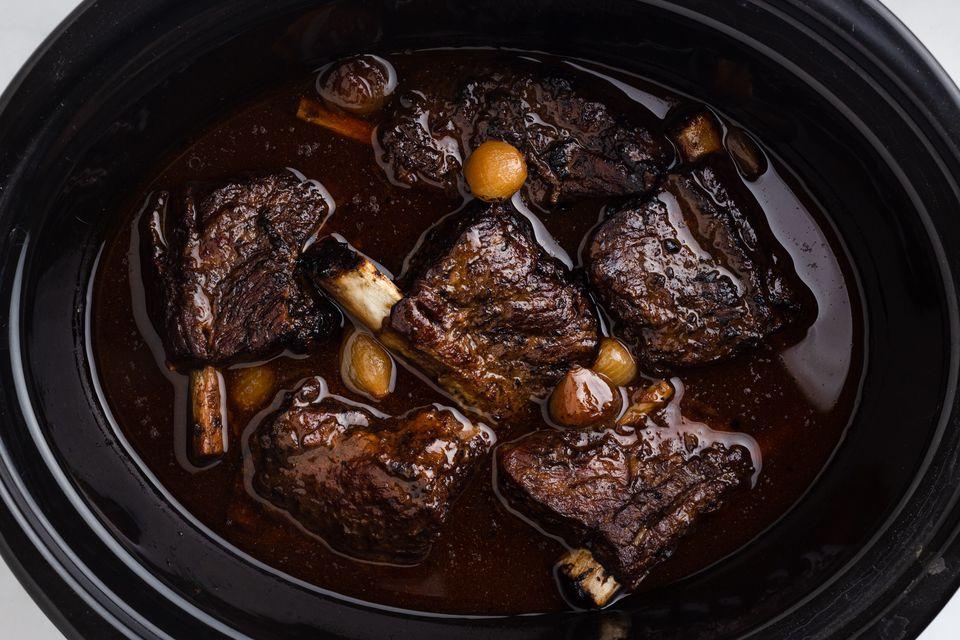 Crock Pot Short Ribs Burgundy