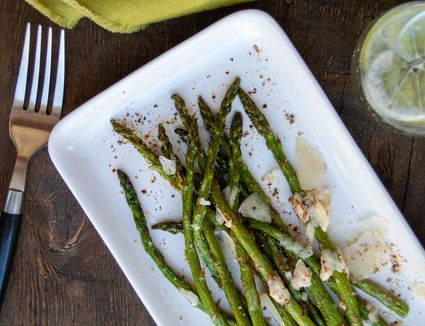 broiled asparagus with pecorino and pepper