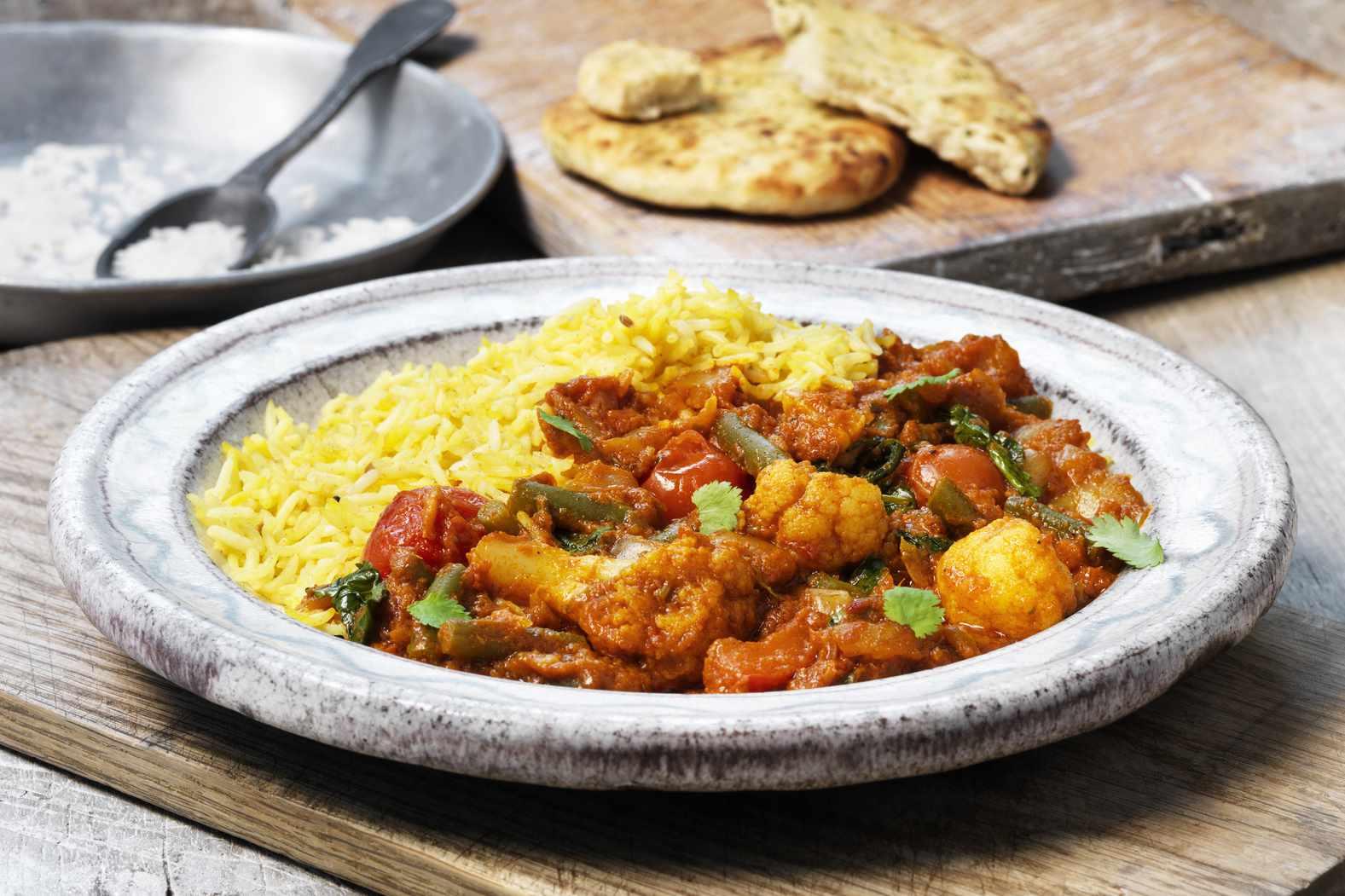 Cauliflower and chicken curry.