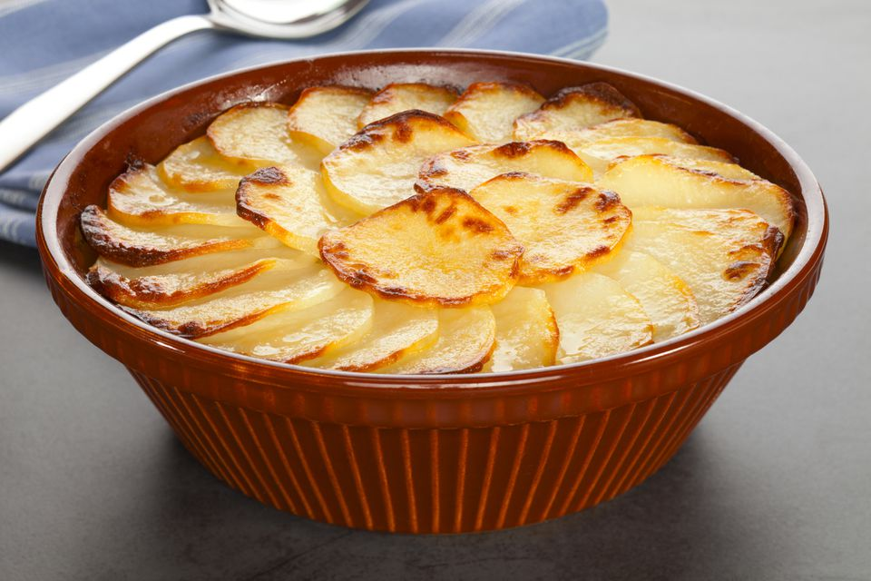Scalloped potatoes with salmon