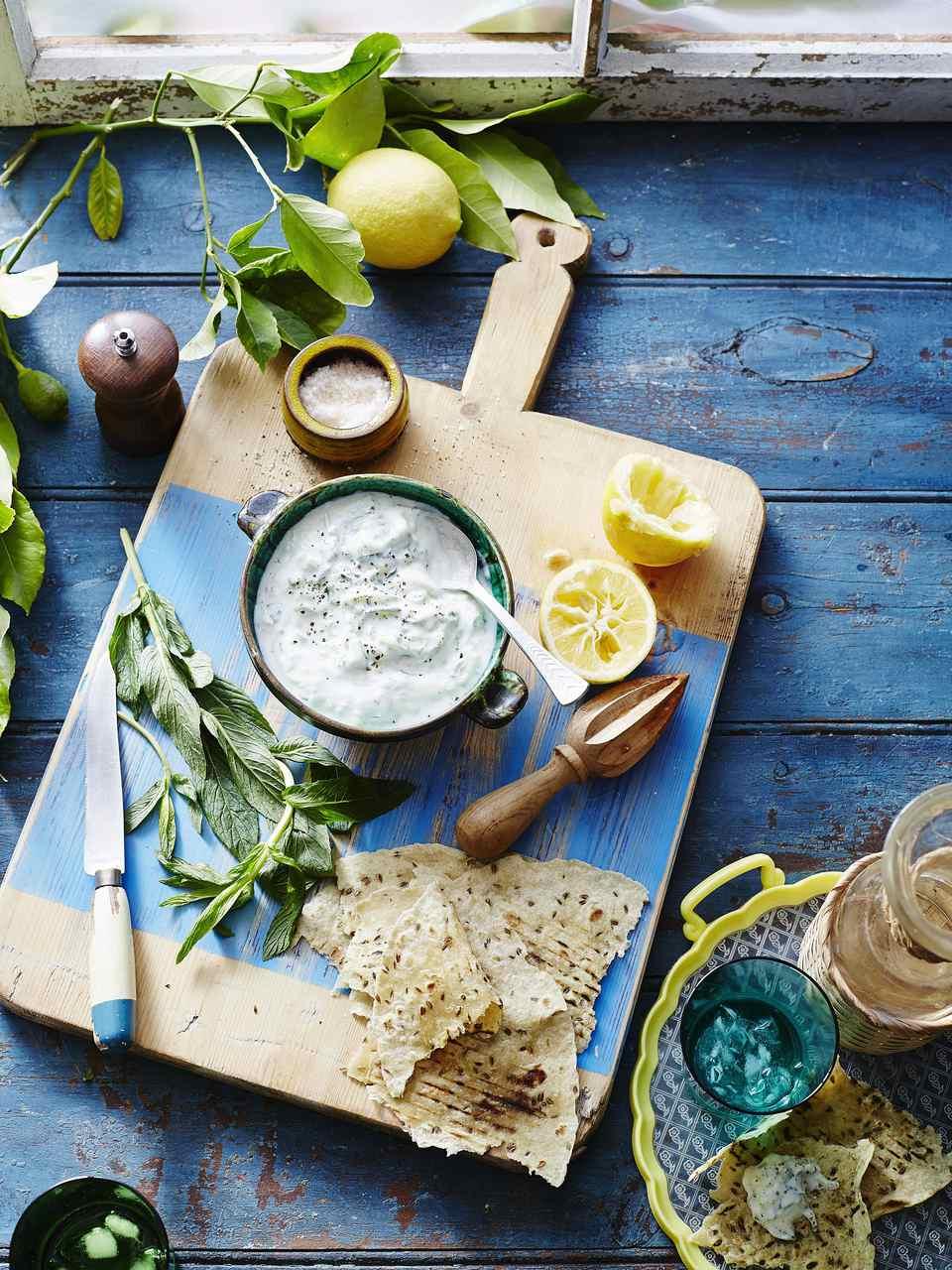 The ingredients for a Greek seasoning rub