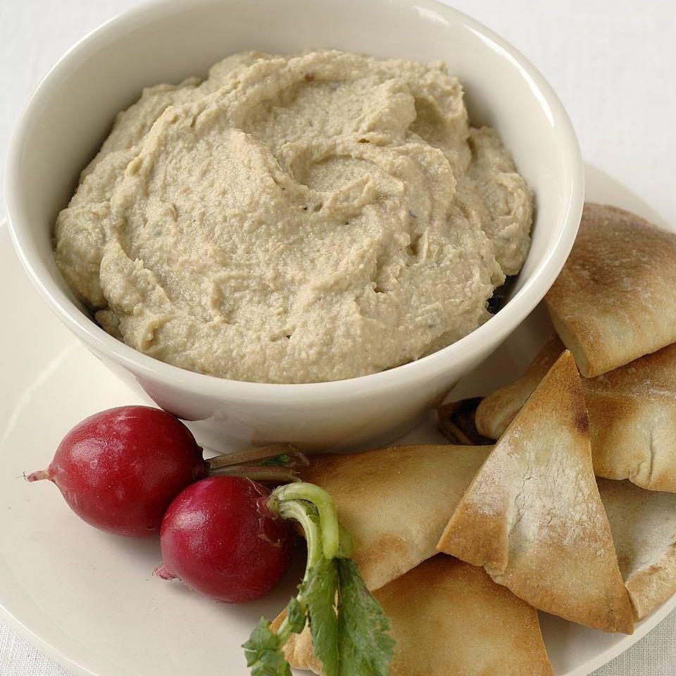 White Bean Hummus Dip