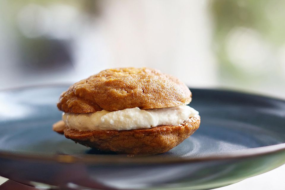 Pumpkin Pie Whoopie