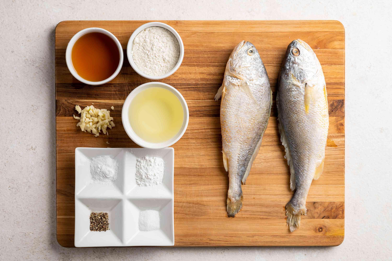 Korean Pan-Fried Whole Fish ingredients