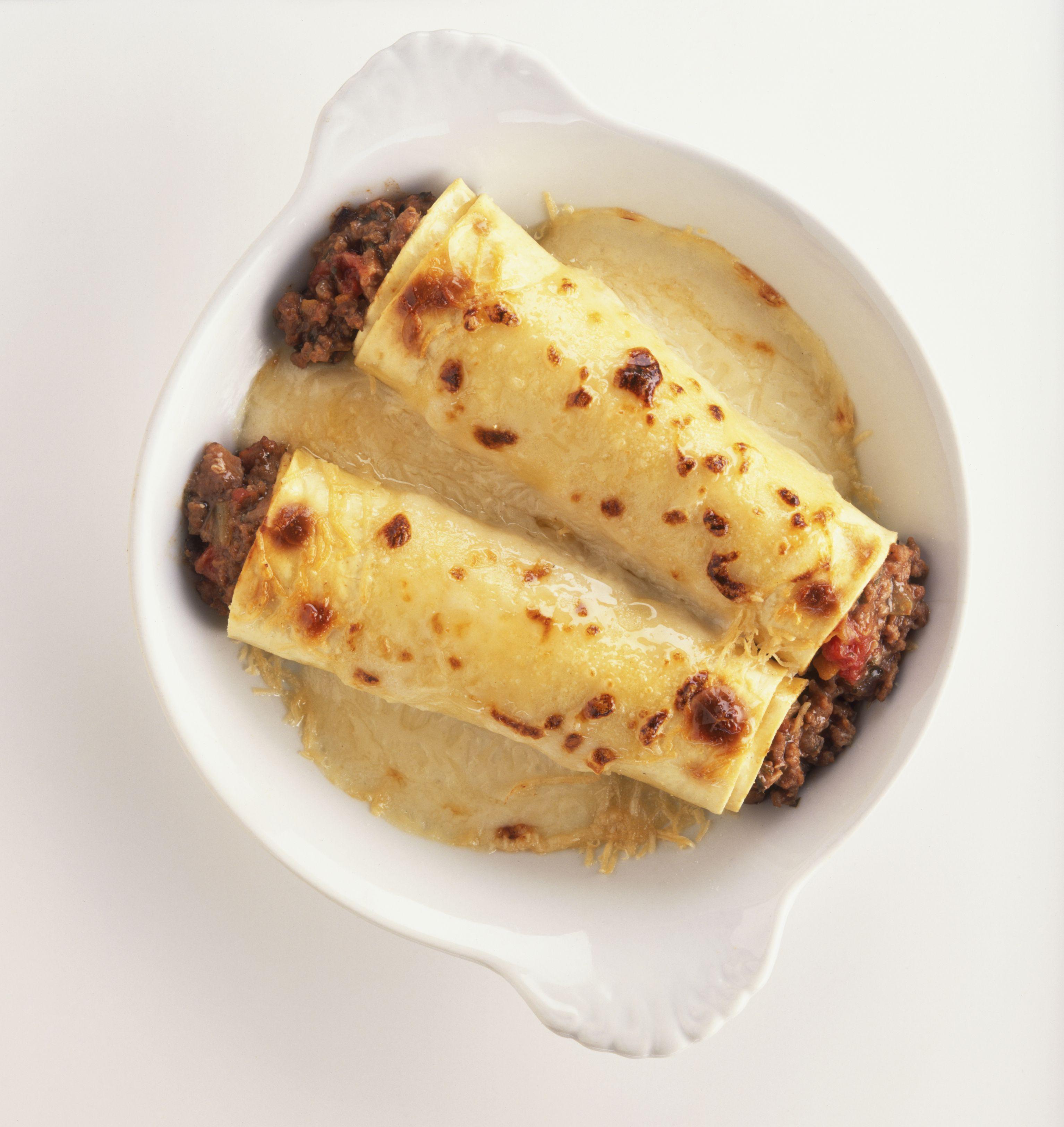 Manicotti In Bechamel Sauce