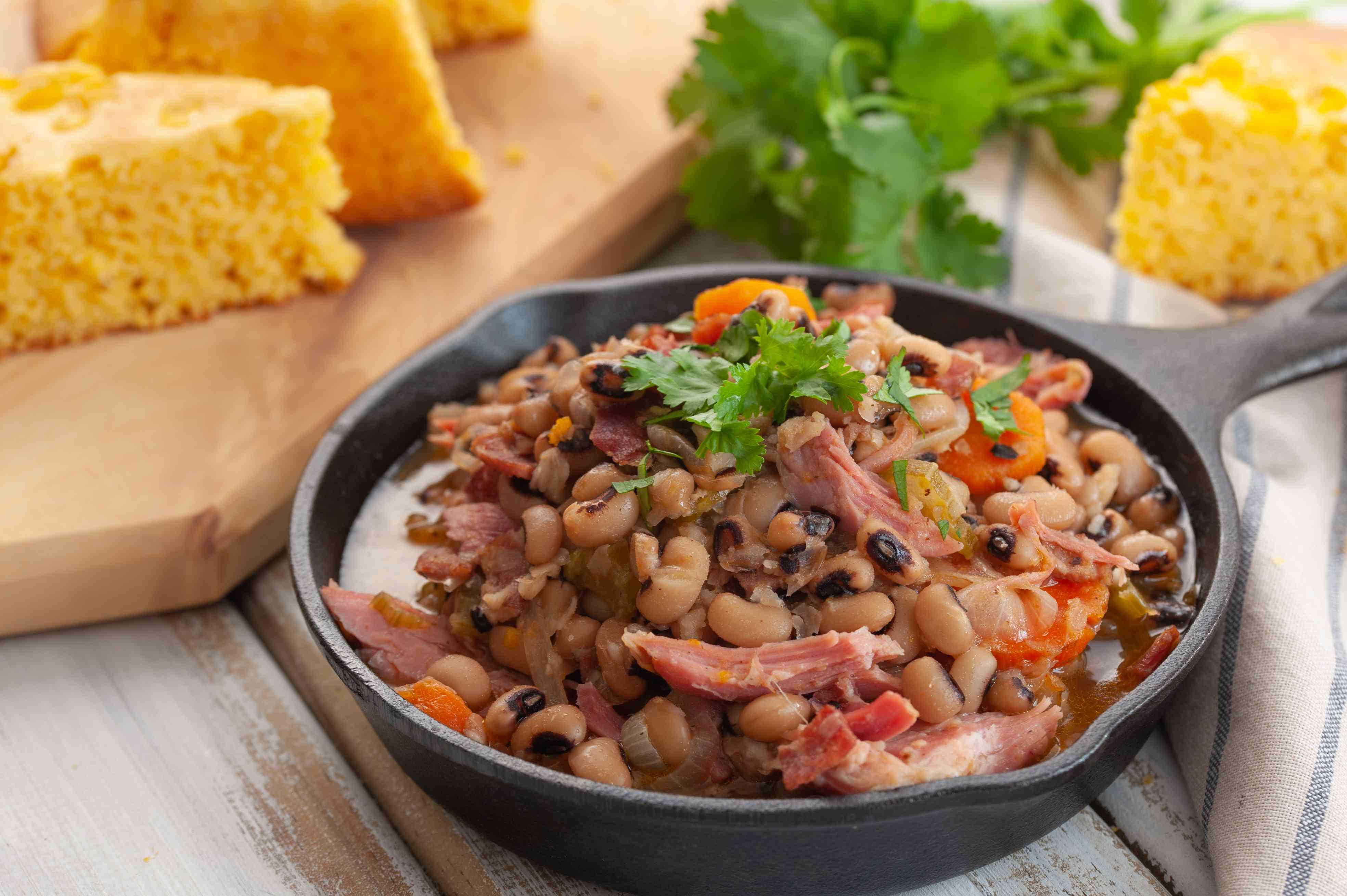 Southern crockpot black eyed peas recipe