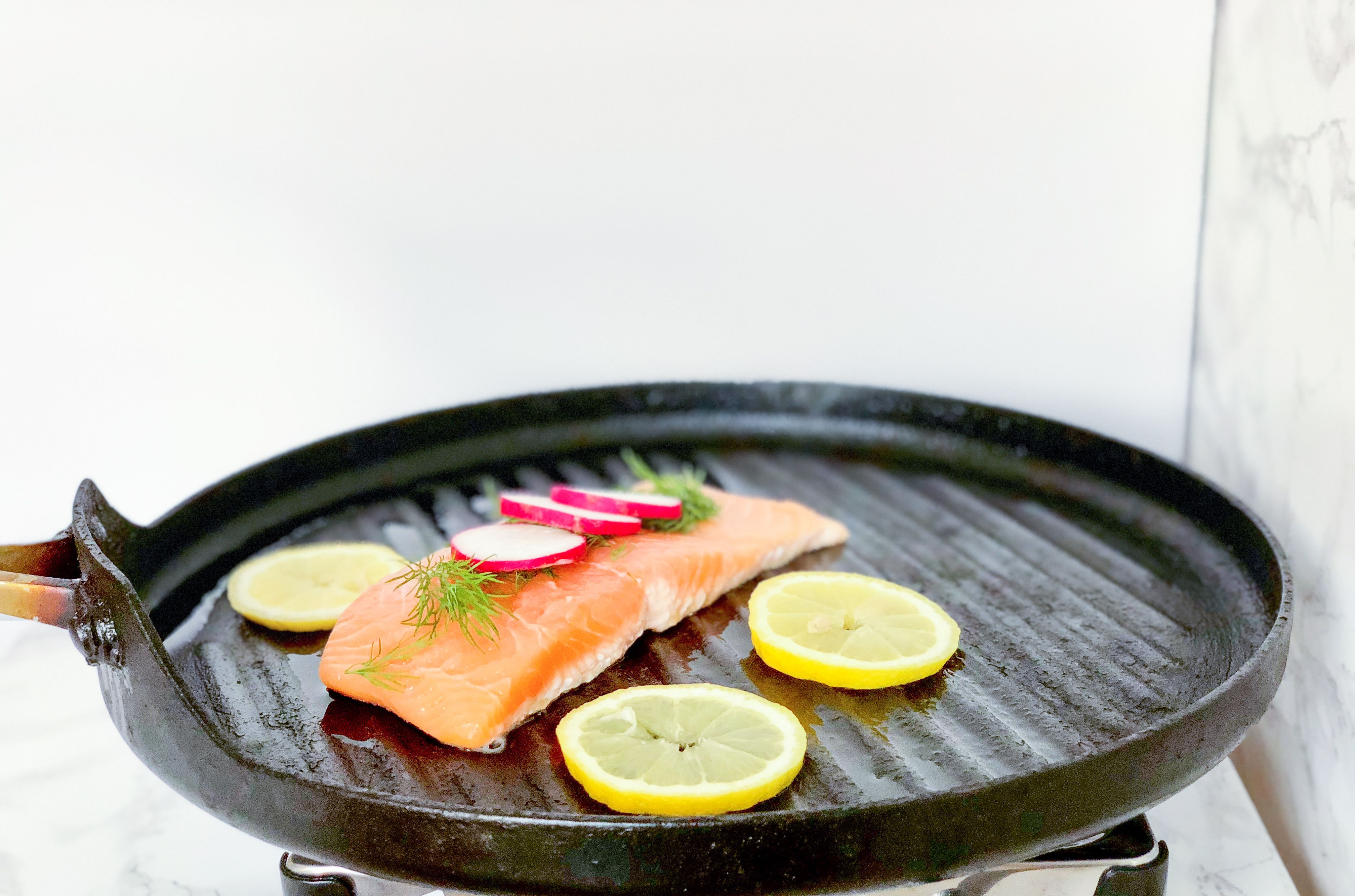 how long to cook grilled salmon