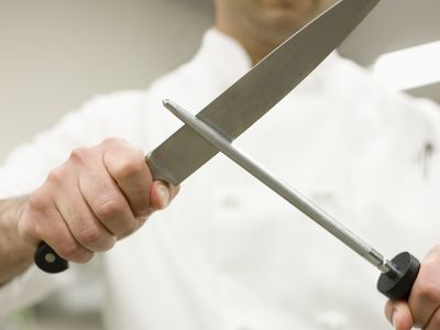 10 Essential Knife Skills Every Cook Should Learn