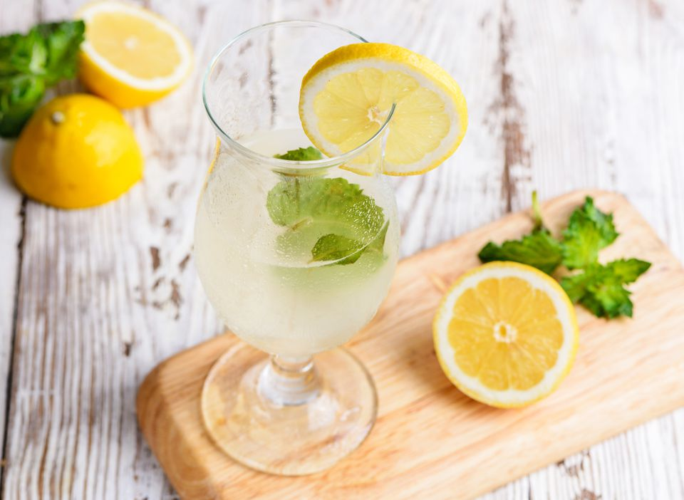 Ouzo lemonade recipe