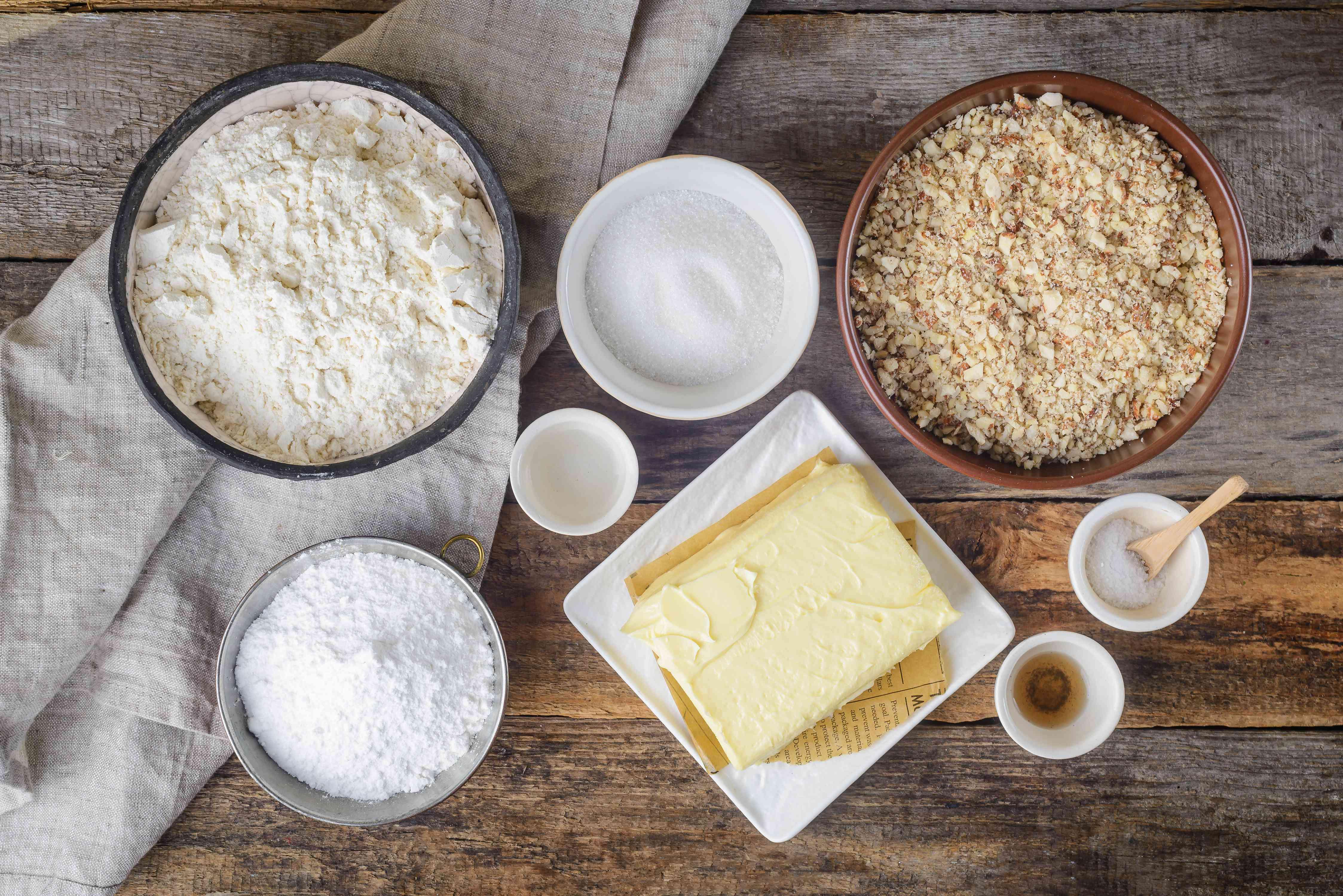 Vanilla crescents ingredients