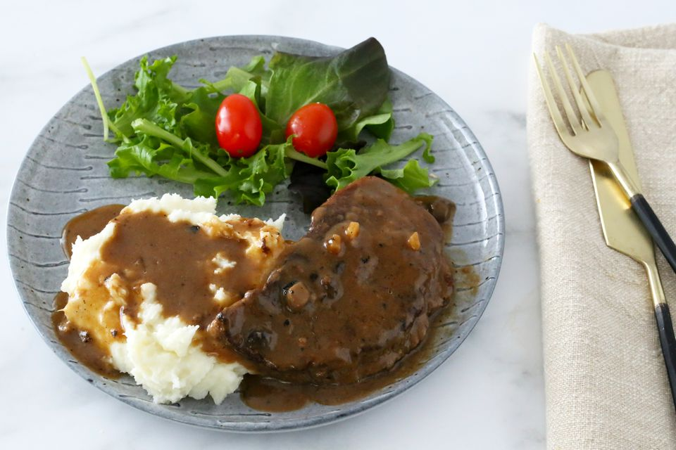 Easy Crockpot Steak and Gravy