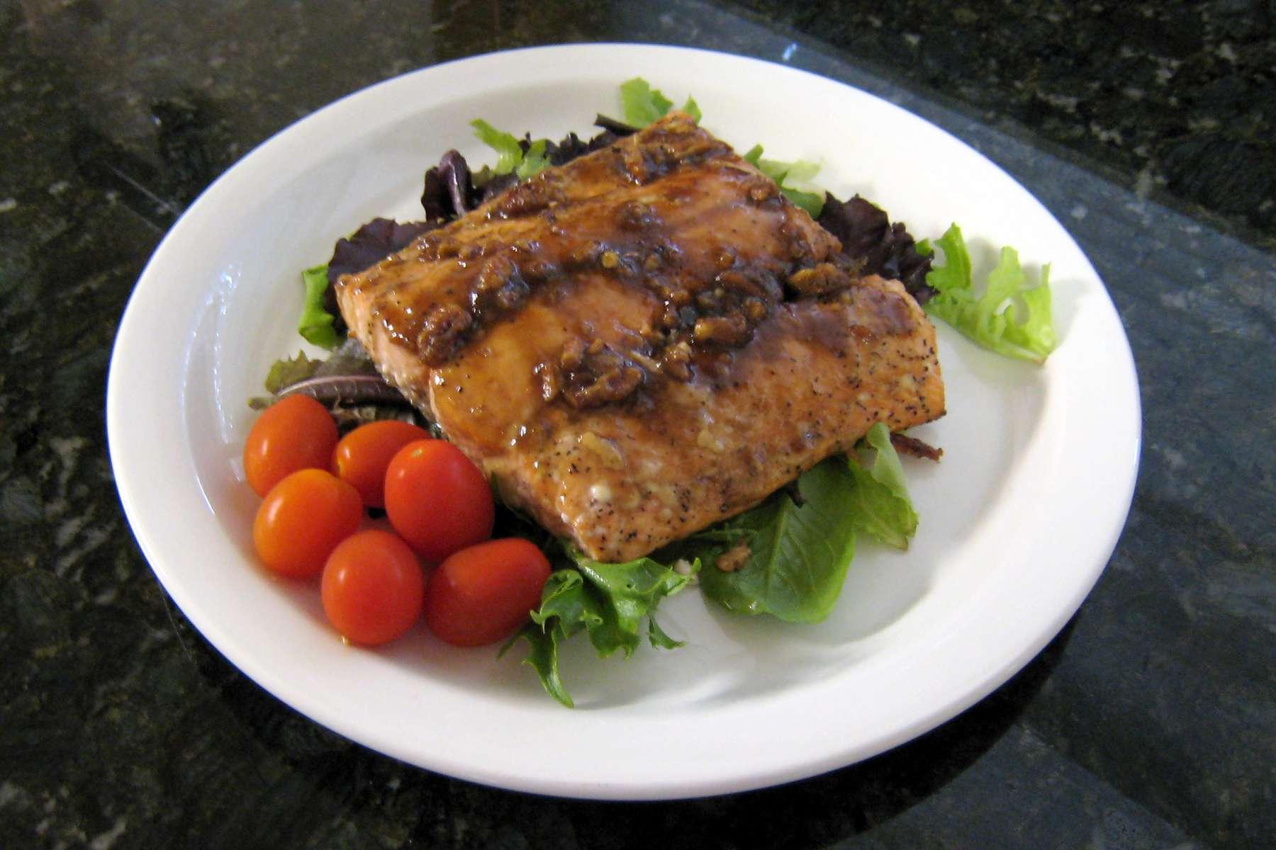 Salmon Fillets With Brown Sugar Pecan Glaze