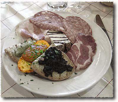 An Antipasto Misto Toscano: Crostini ai Fegatini