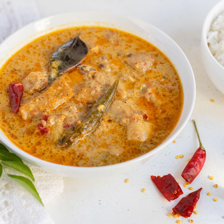 Meen Kulambu South Indian Fish Curry Recipe