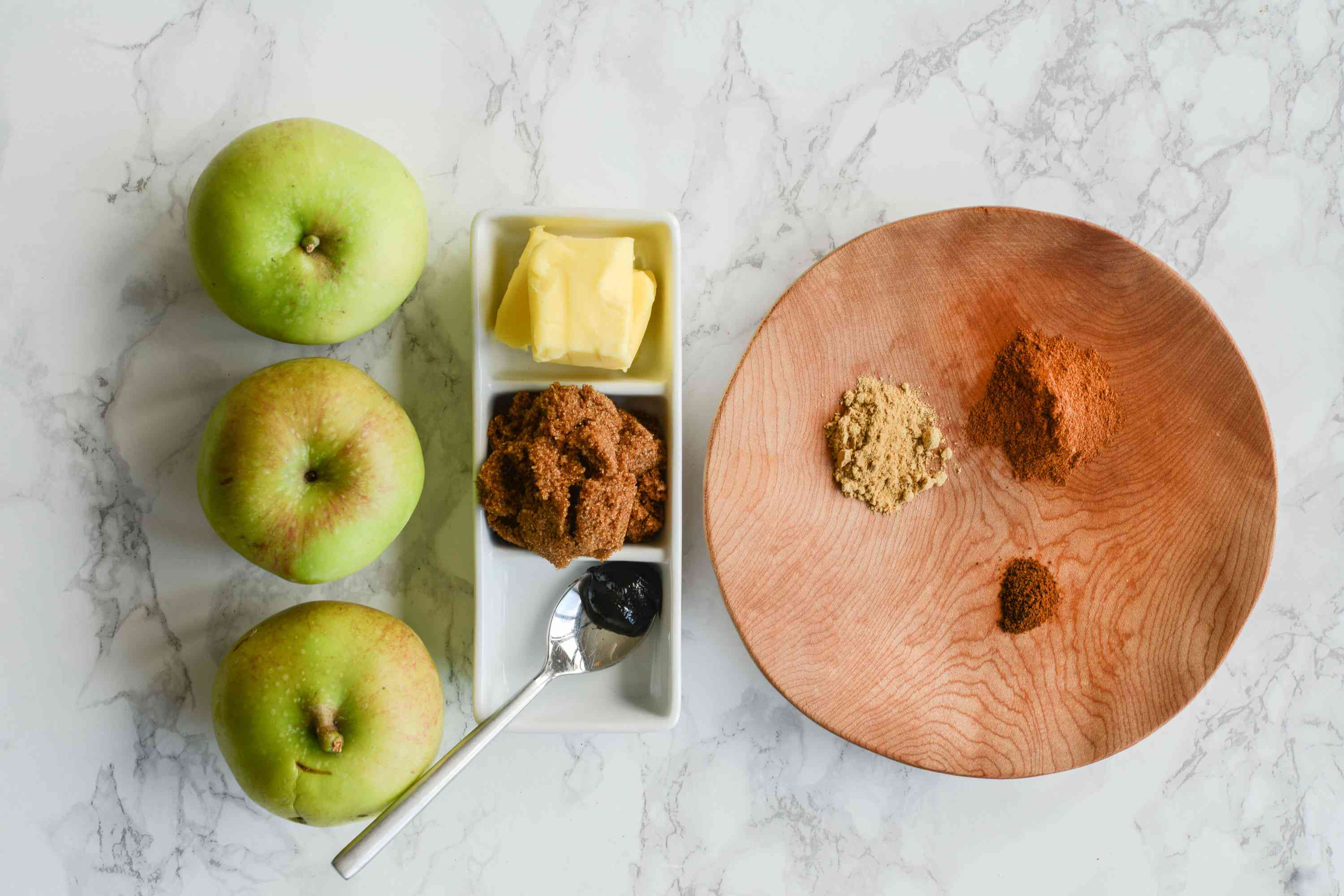 Spiced apple compote ingredients