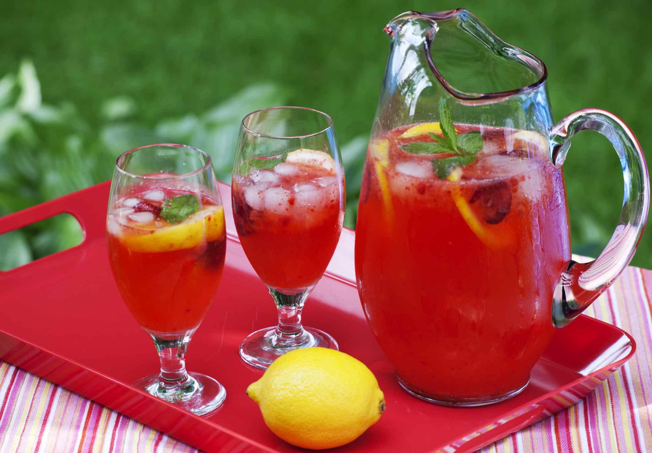 Strawberry lemoade