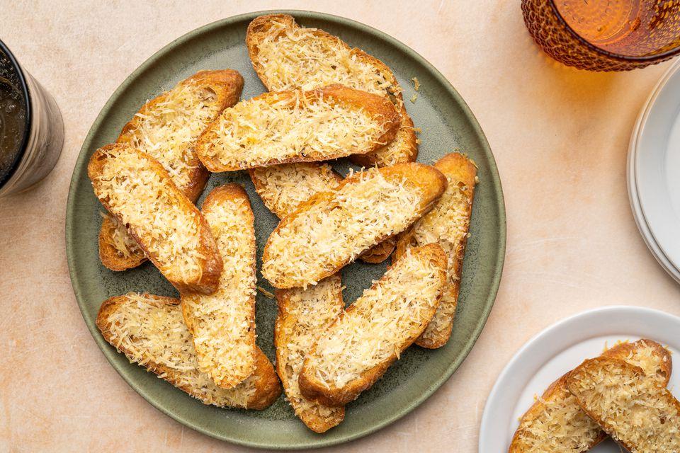 Parmesan Crostini Crisps
