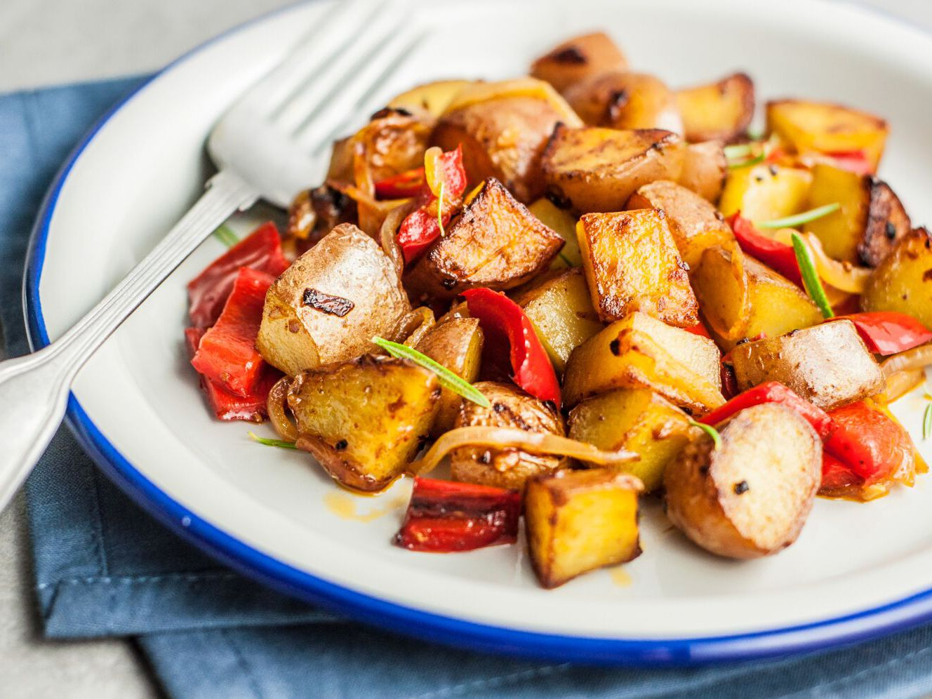 Easy Skillet Fried Potatoes Recipe