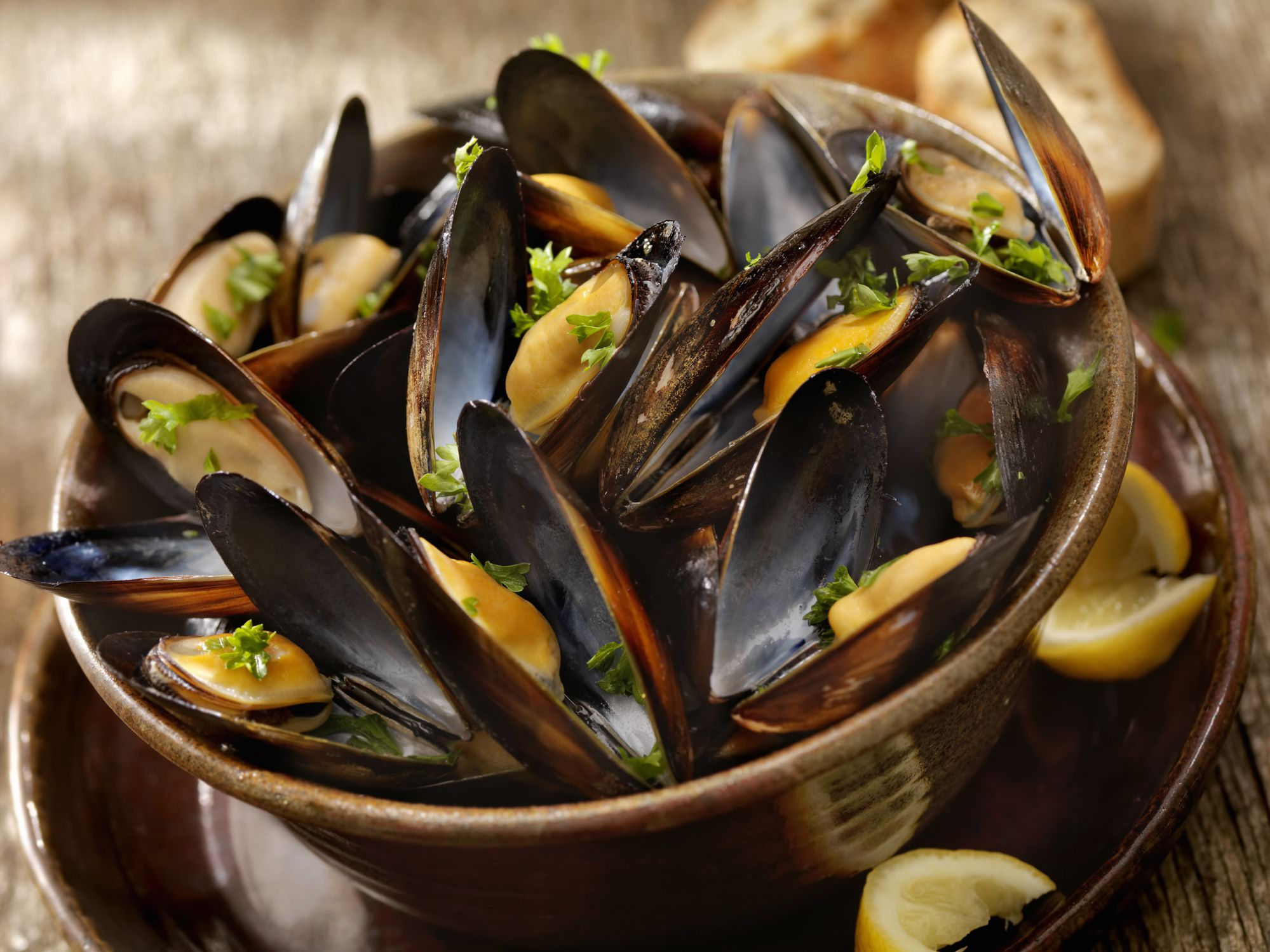 Easy Croatian Mussels (Dagnje na Buzaru) Recipe