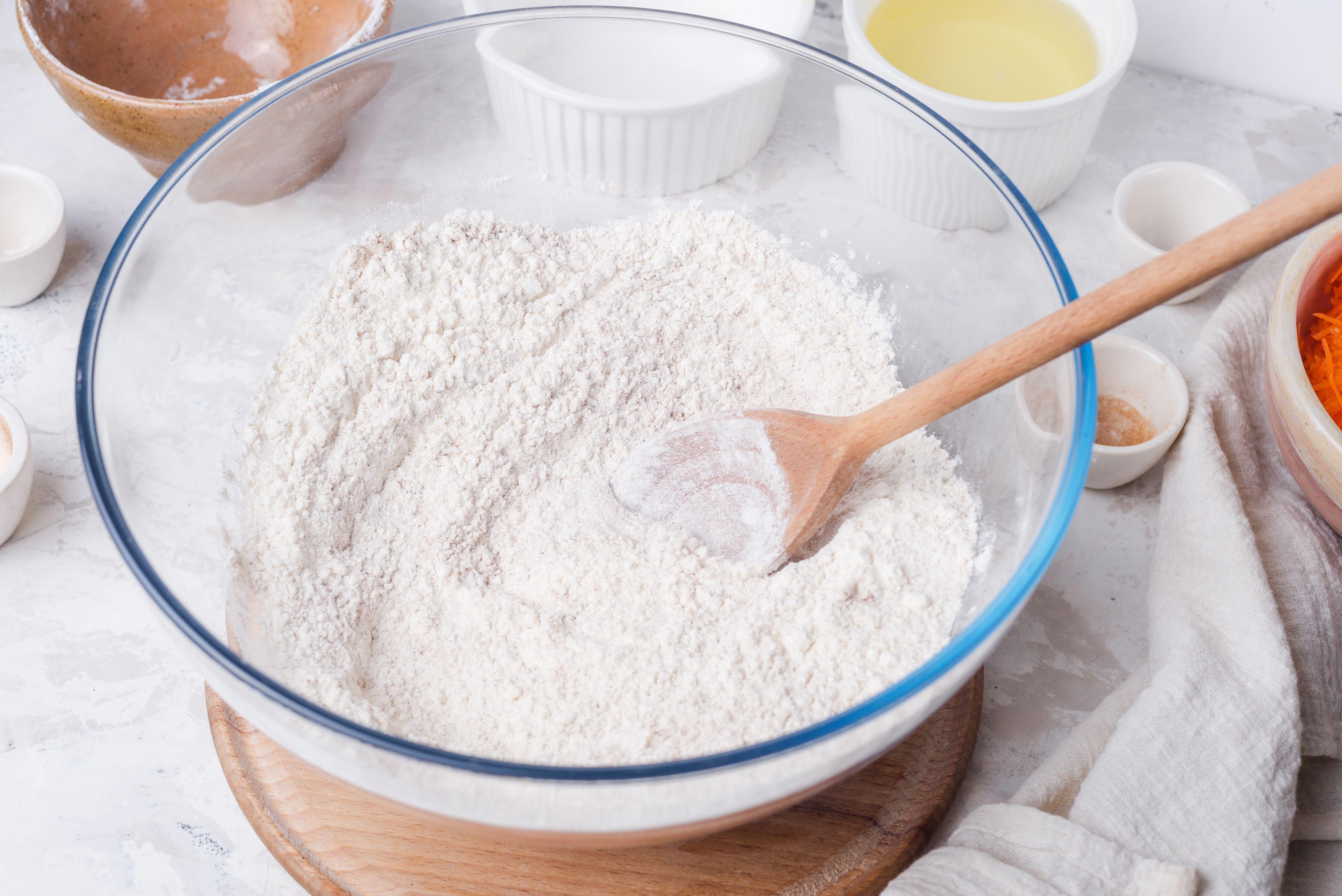 Gradually beat in powdered sugar