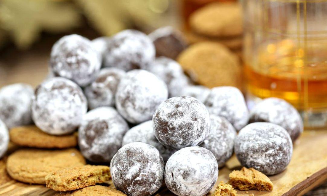 Gingerbread Rum Balls