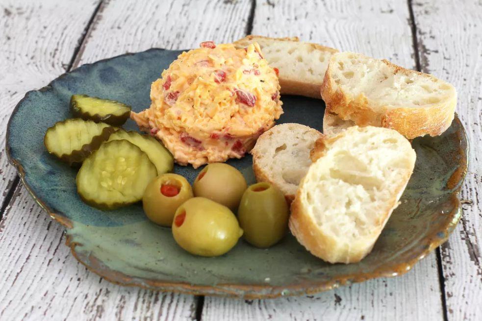 Southern pimento cheese spread