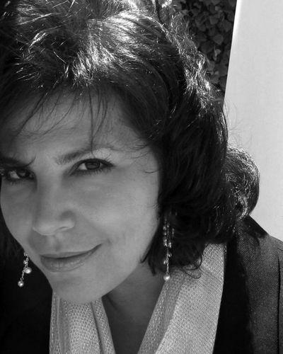 Anita Schecter_BW