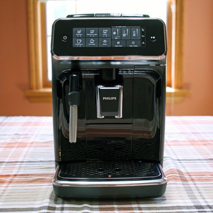 phillips-EP3221-series-3200-fully-automatic-espresso-maker
