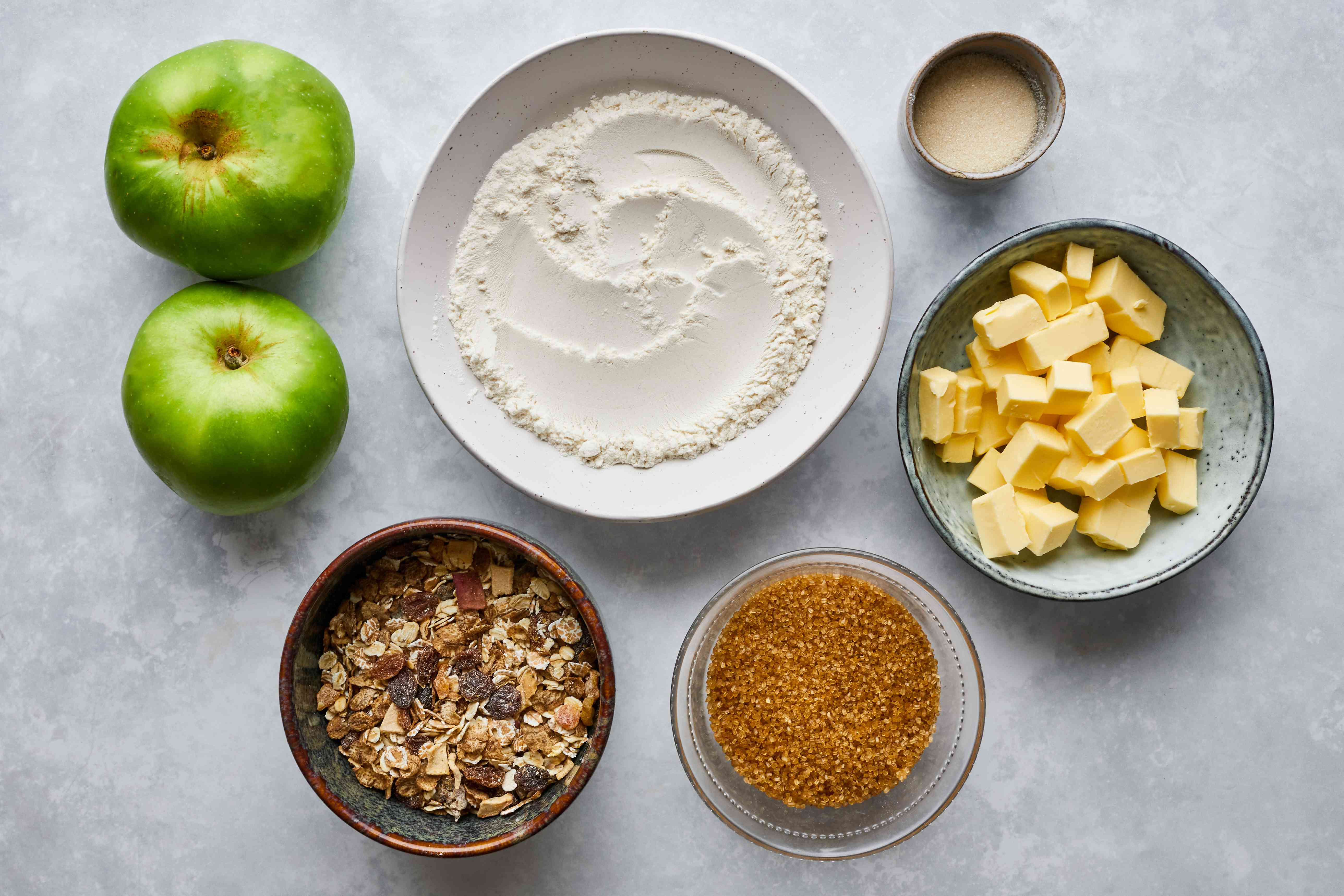 Ingredients for British oaty apple crumble