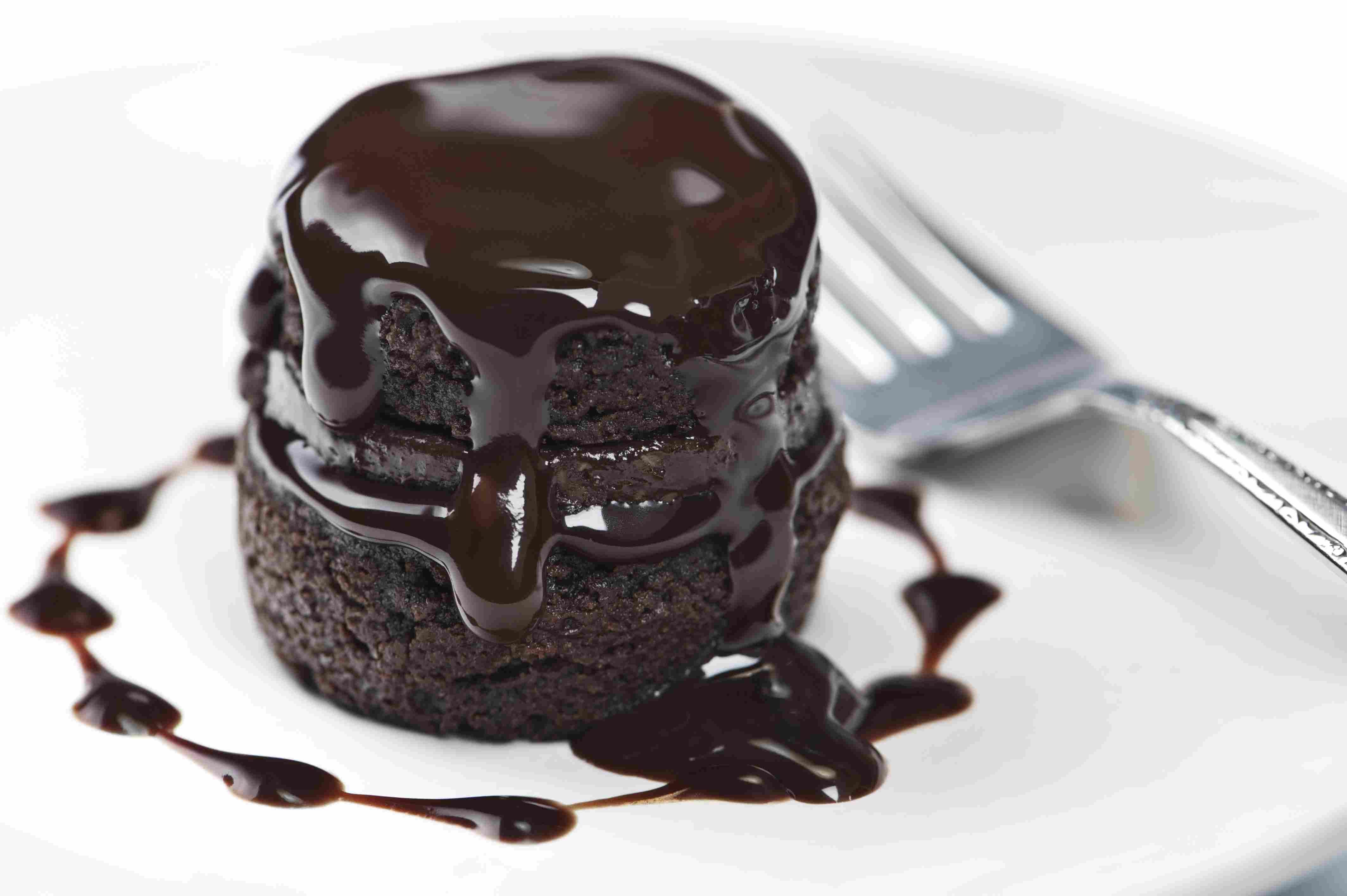 Gluten-Free Chocolate Cake With Chocolate Glaze