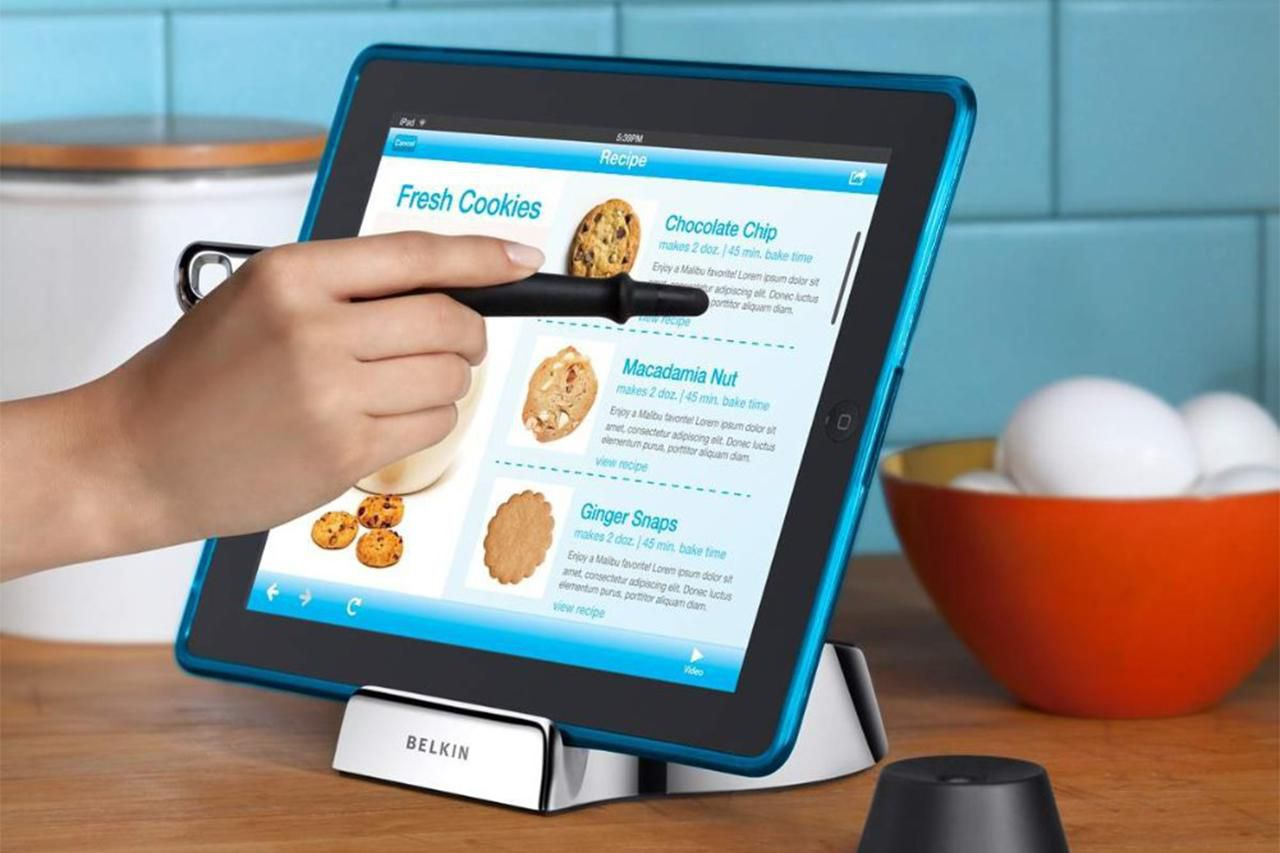 Must-Have Accessories for Cooking With Your iPad
