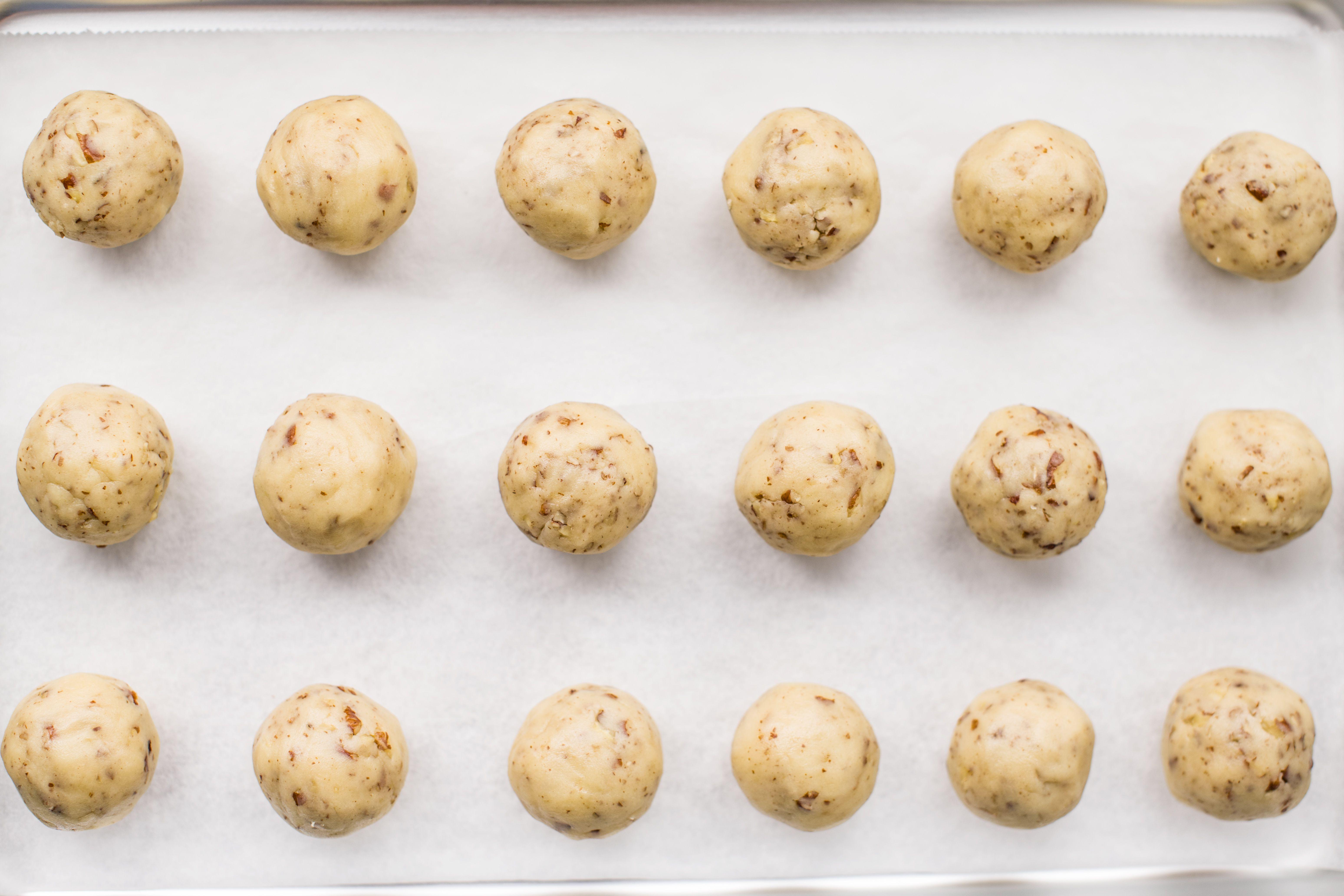 Pecan Butterball Cookies balls on baking sheet